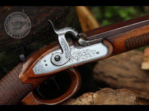 Shooting an original percussion hunting rifle