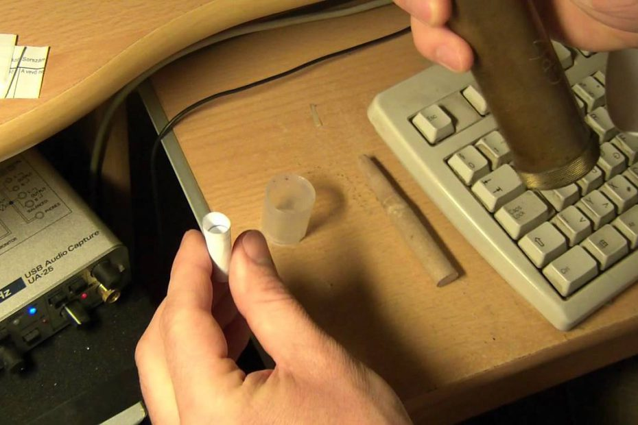 Making combustible envelope cartridge for percussion revolvers