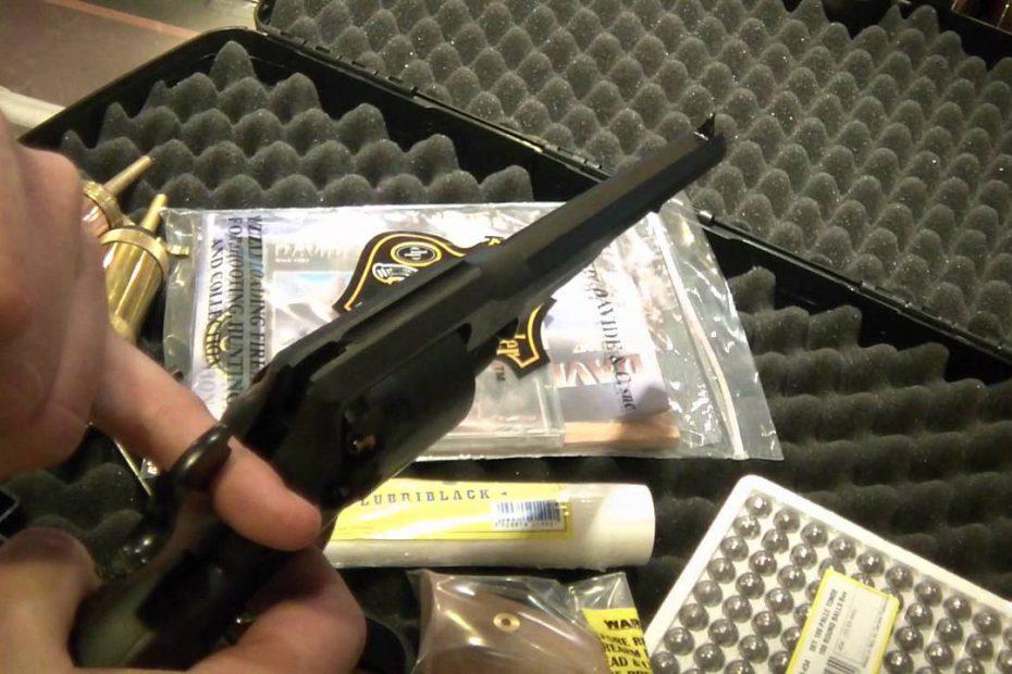 Kapszli Karácsonyi akció: Pedersoli Remington Special European Champion Edition 2011 szett