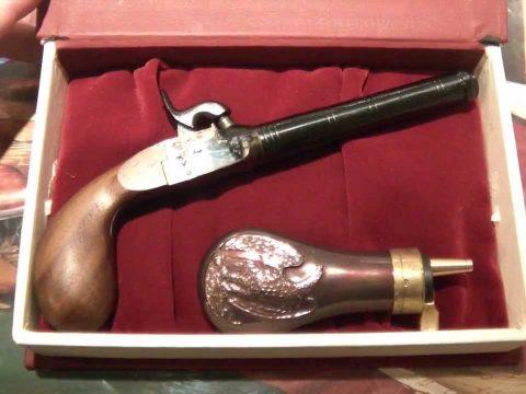Kapszli Karácsonyi akció: Pedersoli Pocket Derringer díszdobozos szett