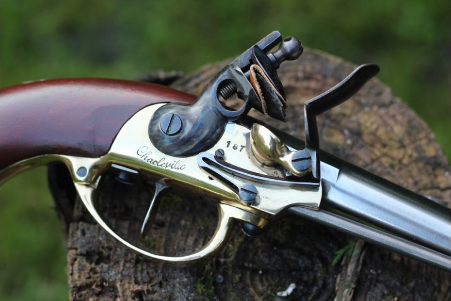 Shooting the French 1777 flintlock pistol – teaser