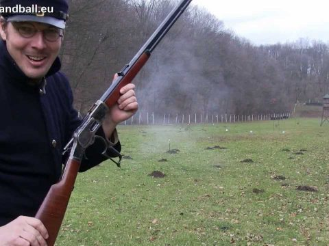 30 to 120 m fun with Uberti 44-40 1873 Winchester rifle