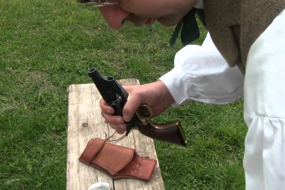 Shootng the Snubnose Pietta 1860 Colt Army percussion revolver