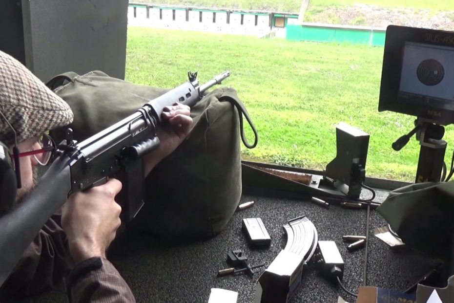 Sighting in a factory refurb 7.62mm L1A1 SLR at 300m (British FN FAL variant)