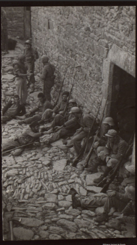 A Republican unit armed with M91s