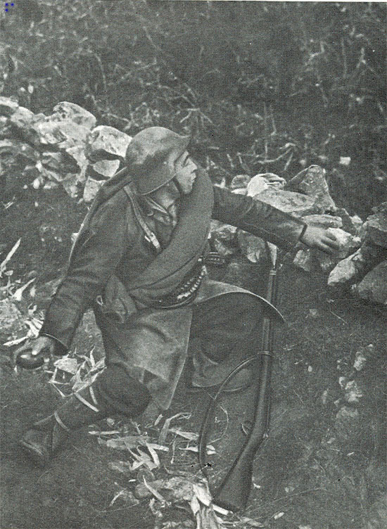 A Republican soldier with a Gras rifle